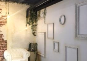 Studio LAXIQ / 店舗デザイン by OHESOGAREGE
